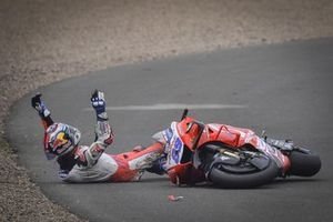 Sturz: Jorge Martin, Pramac Racing,