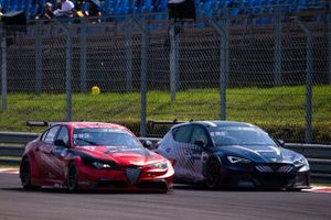 Philipp Eng, Romeo Ferraris-M1RA, Mattias Ekström, Zengő Motorsport X CUPRA, Cupra e-Racer