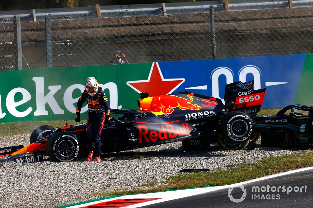 Авария: Льюис Хэмилтон, Mercedes, Макс Ферстаппен, Red Bull Racing