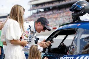 Dale Earnhardt Jr., JR Motorsports, Chevrolet Camaro Unilever United For America