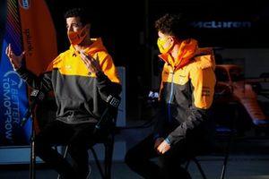 Daniel Ricciardo, McLaren, en Lando Norris, McLaren