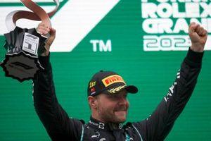 Валттери Боттас, Mercedes, победитель гонки