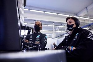 Lewis Hamilton, Mercedes, and Toto Wolff, Team Principal and CEO, Mercedes AMG, in the garage