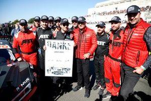 Thanks from the Team Abt Sportline for Mike Rockenfeller, Abt Sportsline
