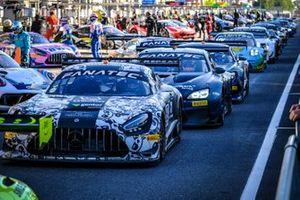 #90 Madpanda Motorsport Mercedes-AMG GT3: Ezequiel Perez Companc, Ricardo Sanchez, Rik Breukers