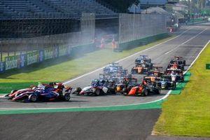Clement Novalak, Carlin, Frederik Vesti, Prema Racing en Roman Stanek, Charouz Racing System