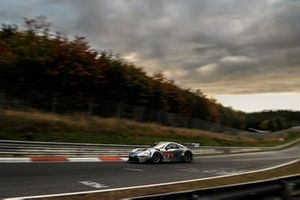 #35 BLACK FALCON Team IDENTICA Porsche PRO 911 GT3: Marek Böckmann, Carlos Rivas