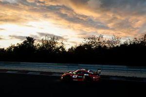#30 Frikadelli Racing Team Porsche 911 GT3 R: Klaus Abbelen, Alex Mu?ller, Robert Renauer, Norbert Siedler