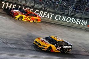 Clint Bowyer, Stewart-Haas Racing, Ford Mustang Rush Truck Centers/Cummins, Ryan Blaney, Team Penske, Ford Mustang Advance Auto Parts