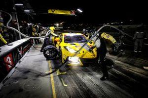#3 Corvette Racing Corvette C8.R, GTLM: Antonio Garcia, Jordan Taylor, Nicky Catsburg, pit stop