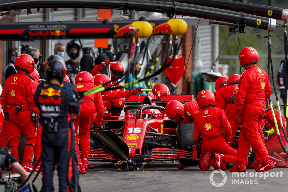 PitStop di Charles Leclerc, Ferrari SF1000,