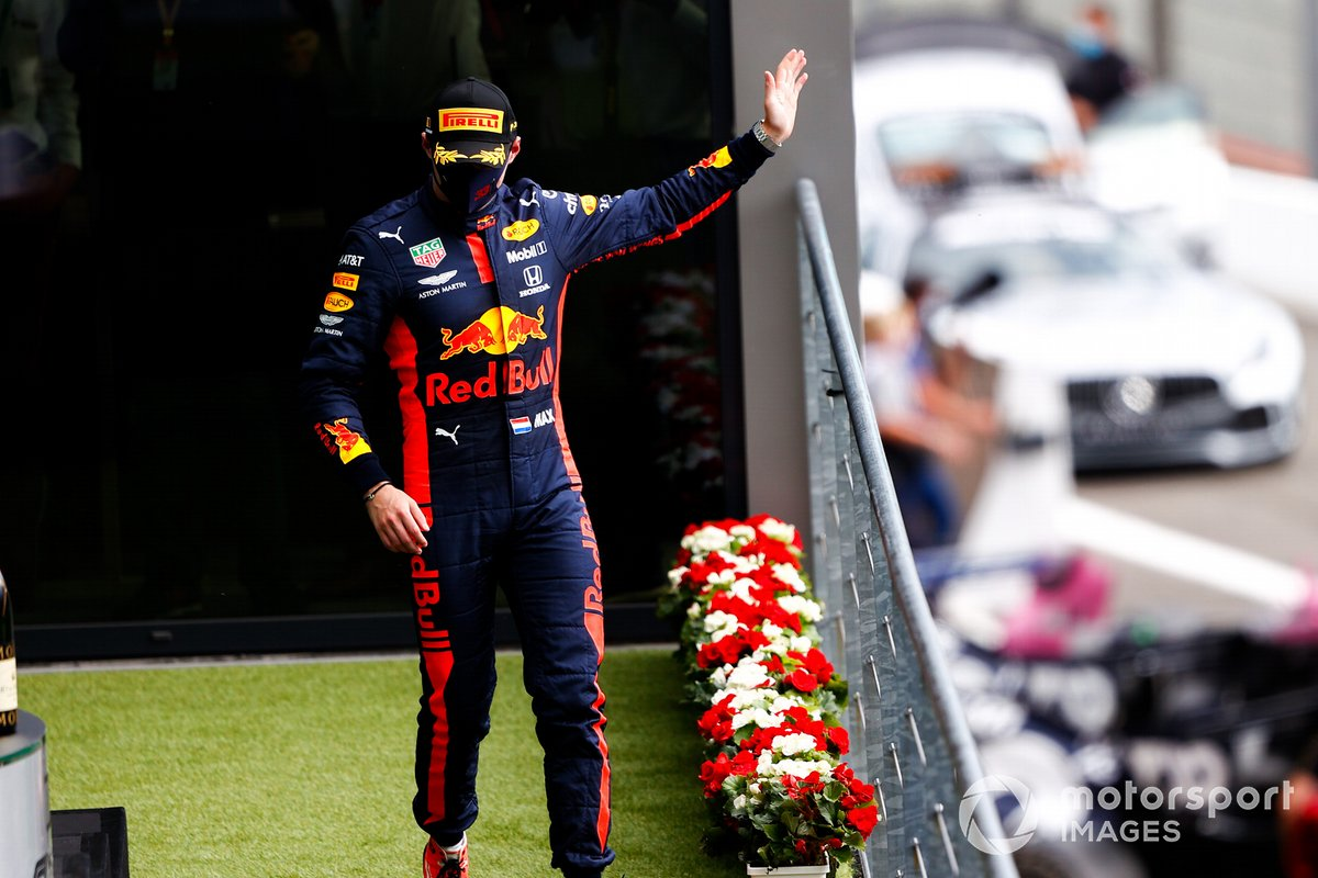 Max Verstappen, Red Bull Racing, 3° posto, arriva sul podio