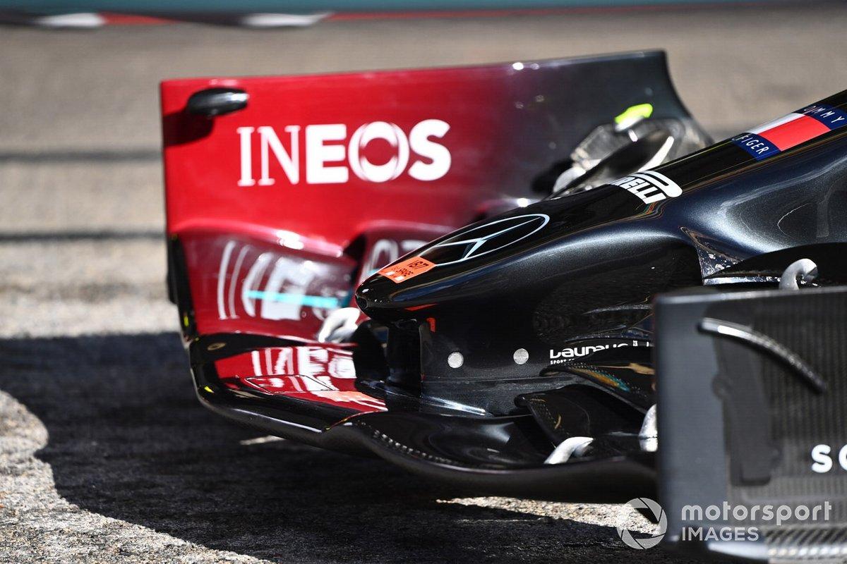 Mercedes W11: Frontflügel