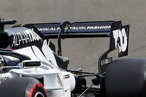 Daniil Kvyat, AlphaTauri AT01 rear wing detail