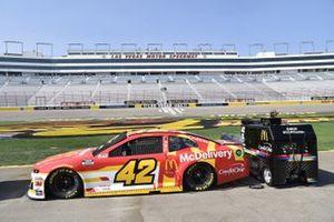 #42: Matt Kenseth, Chip Ganassi Racing, Chevrolet Camaro McDonald's