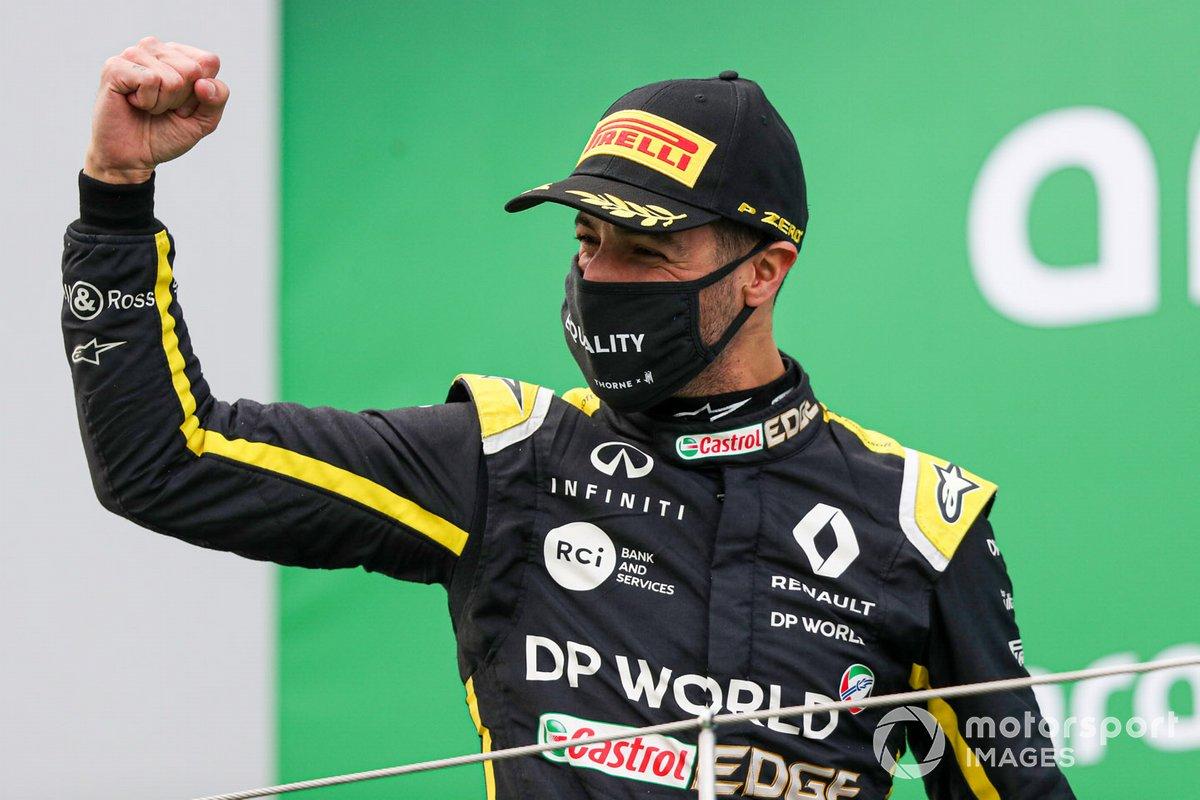 Daniel Ricciardo, Renault F1, 3rd position, celebrates on the podium