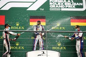 Podium: Race winner Lirim Zendeli, Trident, second place Theo Pourchaire, ART Grand Prix, third place David Beckmann, Trident
