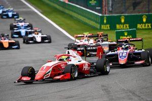 Oscar Piastri, Prema Racing e Oliver Caldwell, Trident