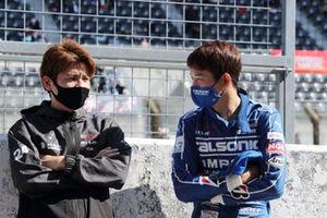 高星明誠 Mitsunori Takaboshi(#24 リアライズ コーポレーション ADVAN GT-R)、佐々木大樹 Daiki Sasaki(#12 カルソニック IMPUL GT-R)