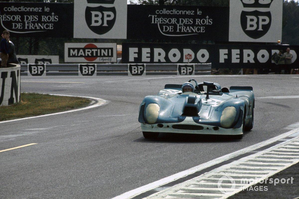 Herbert Linge, Jonathan Williams, Solar Productions Porsche 908/02 avec une caméra pour le tournage du film Le Mans, de Steve McQueen