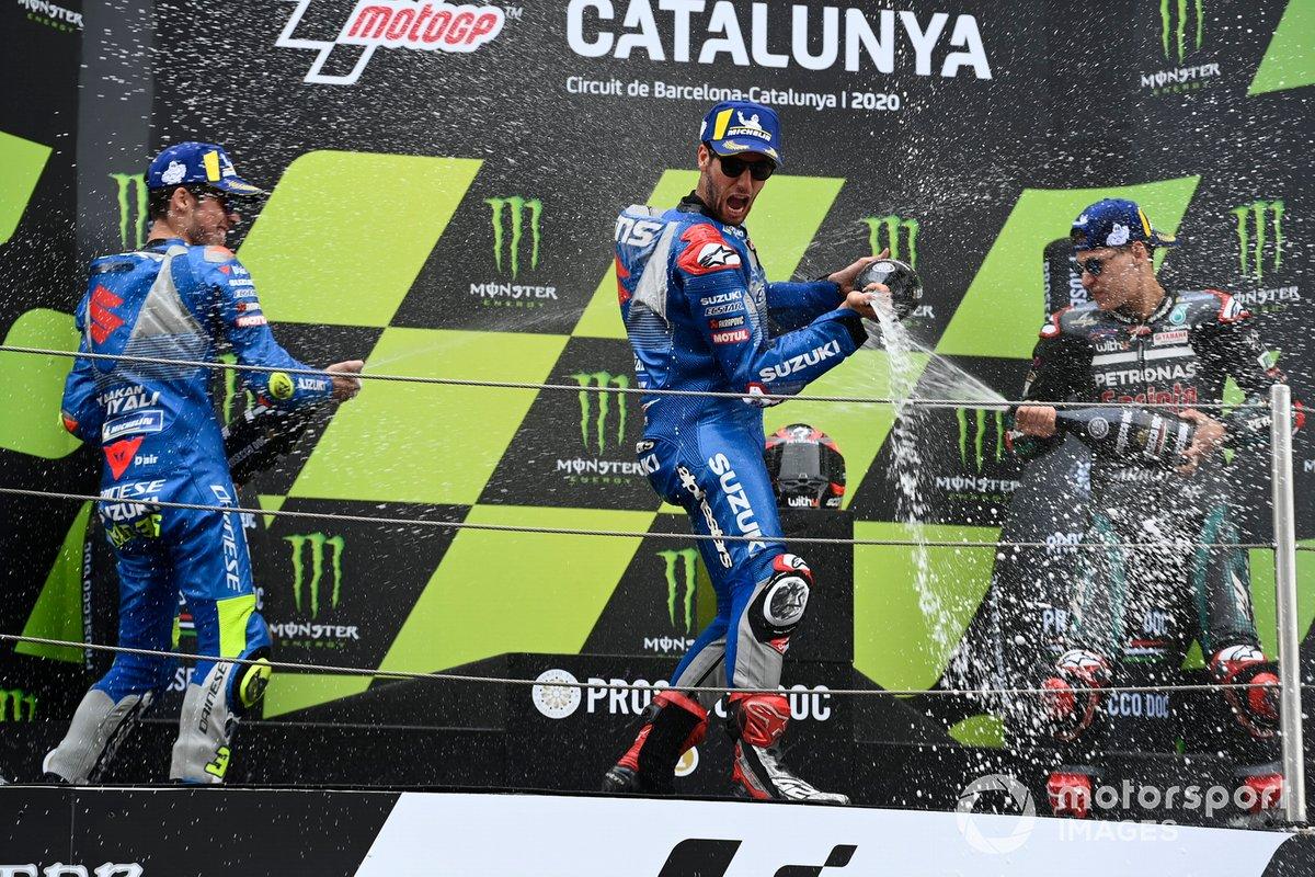Podio: segundo lugar Joan Mir, Team Suzuki MotoGP, ganador Fabio Quartararo, Petronas Yamaha SRT, y tercer lugar Alex Rins, Team Suzuki MotoGP