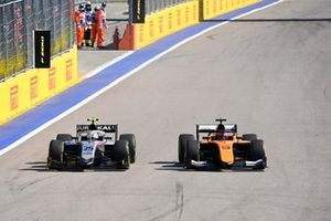 Luca Ghiotto, Hitech Grand Prix et Jack Aitken, Campos Racing se battent
