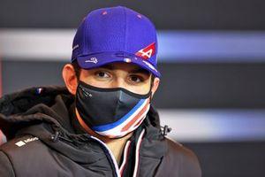 Эстебан Окон, Alpine F1, на пресс-конференции