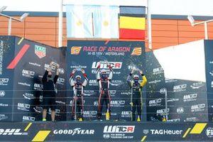 Podio: El ganador de la carrera Esteban Guerrieri, ALL-INKL.COM Münnich Motorsport Honda Civic TCR, segundo lugar Nestor Girolami, ALL-INKL.COM Münnich Motorsport Honda Civic TCR, tercer lugar Gilles Magnus, Comtoyou Racing Audi RS3 LMS
