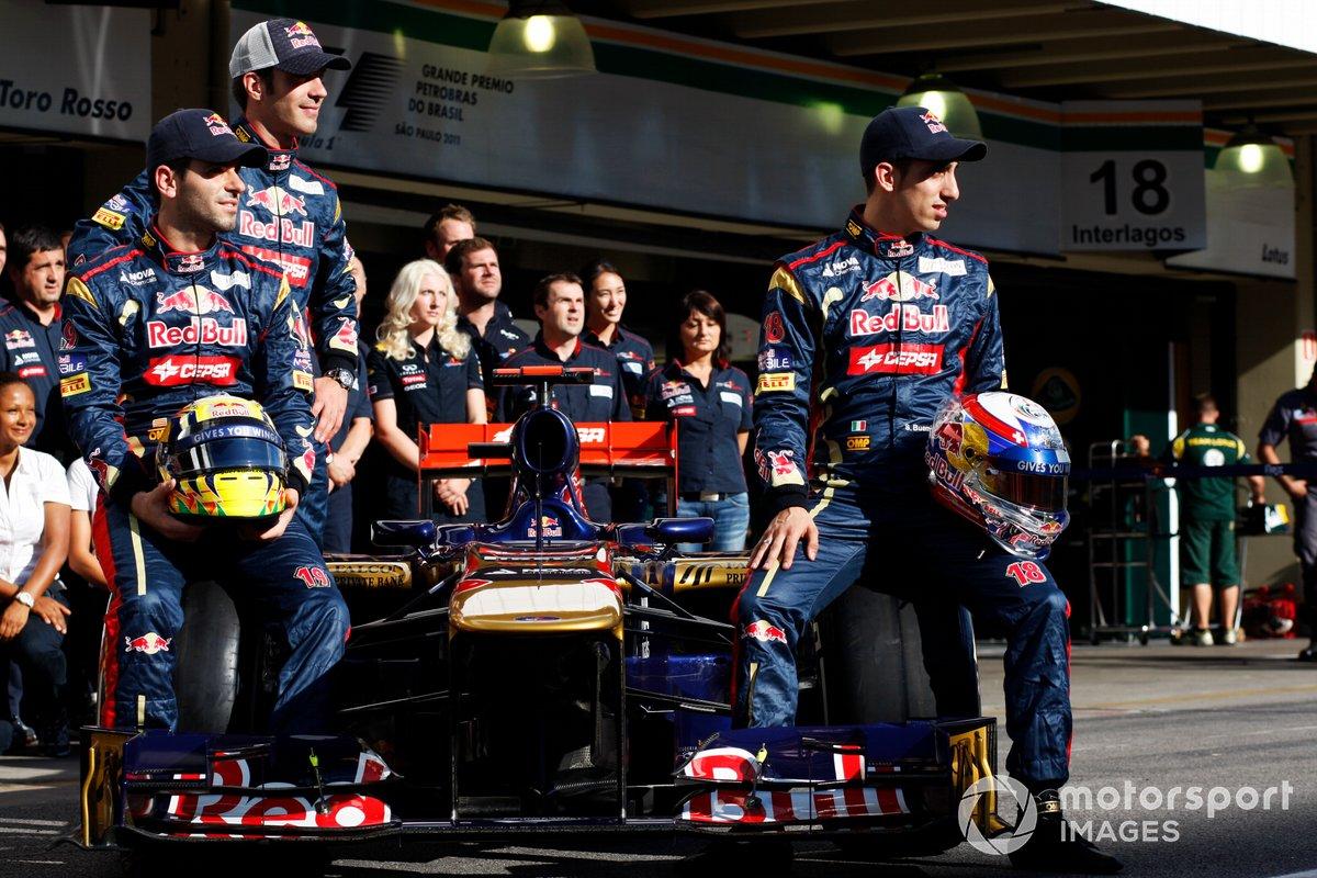 Jaime Alguersuari, Scuderia Toro Rosso dengan Jean-Eric Vergne, cadangan Scuderia Toro Rosso dan Sebastien Buemi, Scuderia Toro Rosso