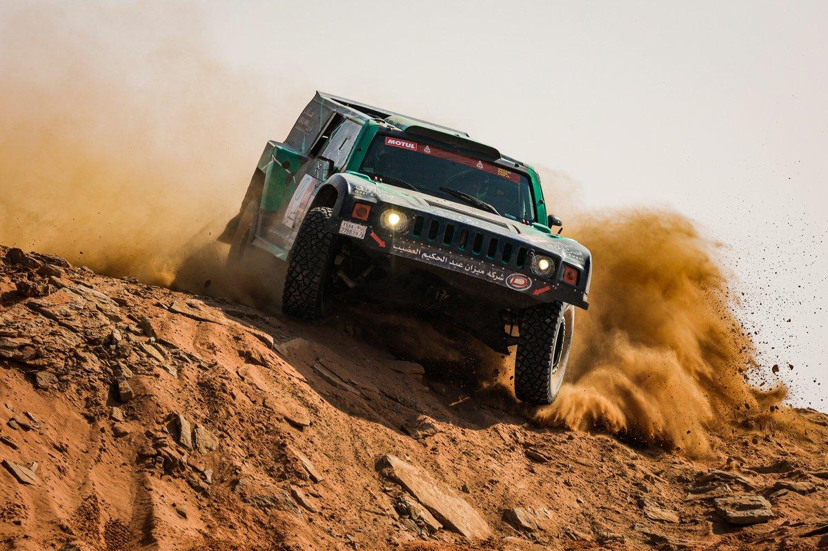 #355 Yazeed Racing Hummer: Alabdalali Saleh, Mohammed Alnaim