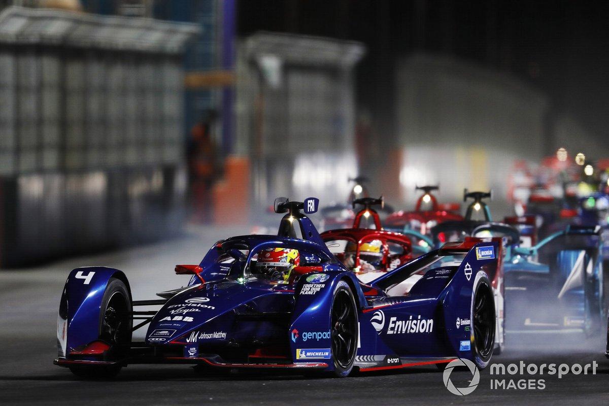 Robin Frijns, Envision Virgin Racing, Audi e-tron FE07, Sergio Sette Camara, Dragon Penske Autosport, Penske EV-4 al inicio