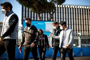 Sergio Sette Camara, Dragon Penske Autosport walks the track