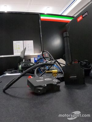 Professioni del Motorsport: nei segreti dell'elettronica dell' Aprilia Racing