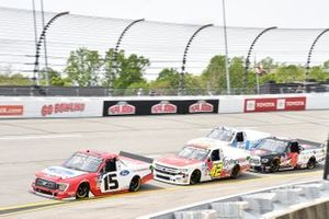 Tanner Gray, Team DGR, Ford F-150 Ford Performance, Carson Hocevar, Niece Motorsports, Chevrolet Silverado Scott's/GMPartsNow