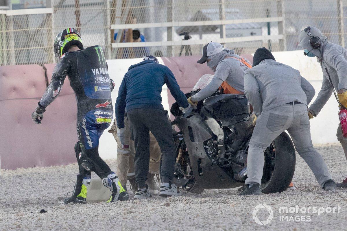 Caída de Cal Crutchlow, Yamaha Factory Racing