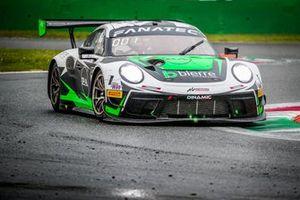#54 Dinamic Motorsport Porsche 911 GT3-R: Matteo Cairoli, Christian Engelhart, Klaus Bachler