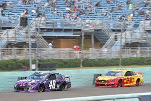 Alex Bowman, Hendrick Motorsports, Chevrolet Camaro Ally, Joey Logano, Team Penske, Ford Mustang Shell Pennzoil