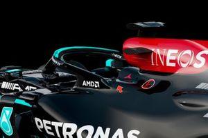 Mercedes AMG F1 W12 halo fin