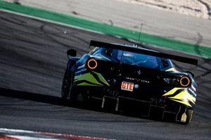 #80 Iron Lynx Ferrari 488 GTE EVO LMGTE, Matteo Cressoni, Rino Mastronardi, Miguel Molina