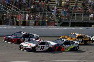 Denny Hamlin, Joe Gibbs Racing, Toyota Camry FedEx Office Alex Bowman, Hendrick Motorsports, Chevrolet Camaro Axalta
