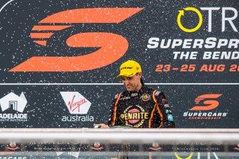 Podium: third place Anton De Pasquale, Erebus Motorsport Holden