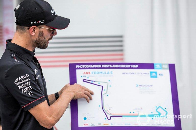 José María López, Dragon Racing muestra los puntos en el mapa de pista