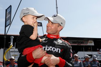 Polesitter Will Power, Team Penske Chevrolet, mit Sohn Beau
