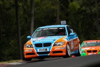 #1 BMW 325i: Philipp Leisen, Danny Brink, Christopher Rink