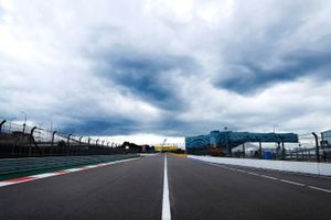 Clouds over the start finish straight