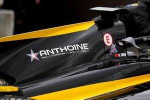 Wagen van Guanyu Zhou, UNI Virtuosi Racing