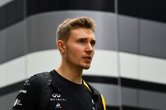 Sergey Sirotkin, Renault F1 Team reserve driver