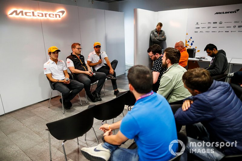 Carlos Sainz Jr., McLaren, Andreas Seidl, Team Principal, McLaren, and Lando Norris, McLaren, hold a Press Conference