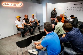 Carlos Sainz Jr., McLaren, Andreas Seidl, Team Principal, McLaren, and Lando Norris, McLaren, hold a Press Conference