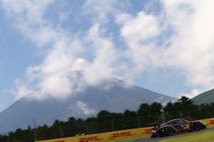 Майкл Уэйнрайт, Бенджамин Баркер и Эндрю Уотсон, Gulf Racing, Porsche 911 RSR (№86)